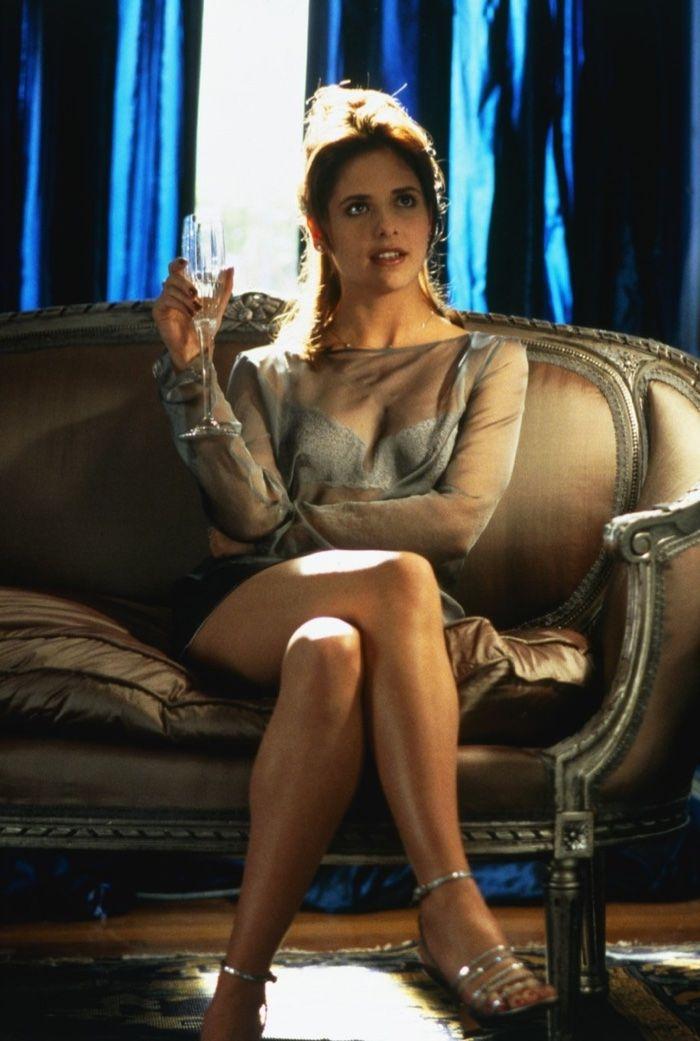 Sarah Michelle Gellar wears sheer blouse as Kathryn in Cruel Intentions