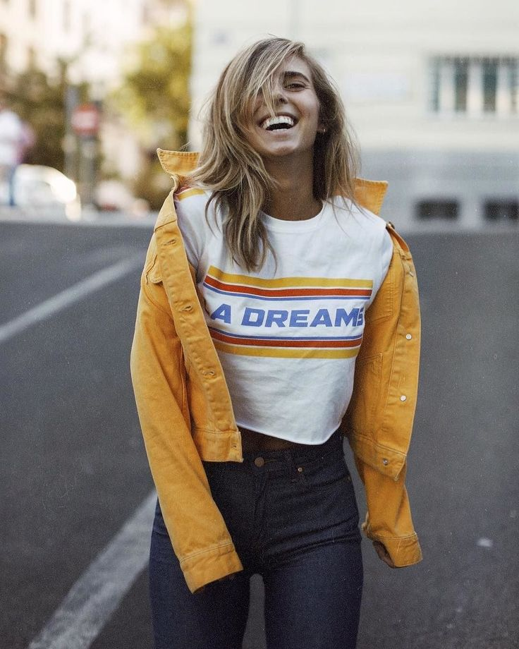 Urban Outfitters LA Dreams Cropped T-Shirt | Urban Outfitters | Women's | Tops | Graphic Tees via @luciabarcena #UOEurope #UrbanOutfittersEU #UOonYou