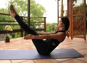 4 Yoga Poses to Lose Love Handles   ACTIVE