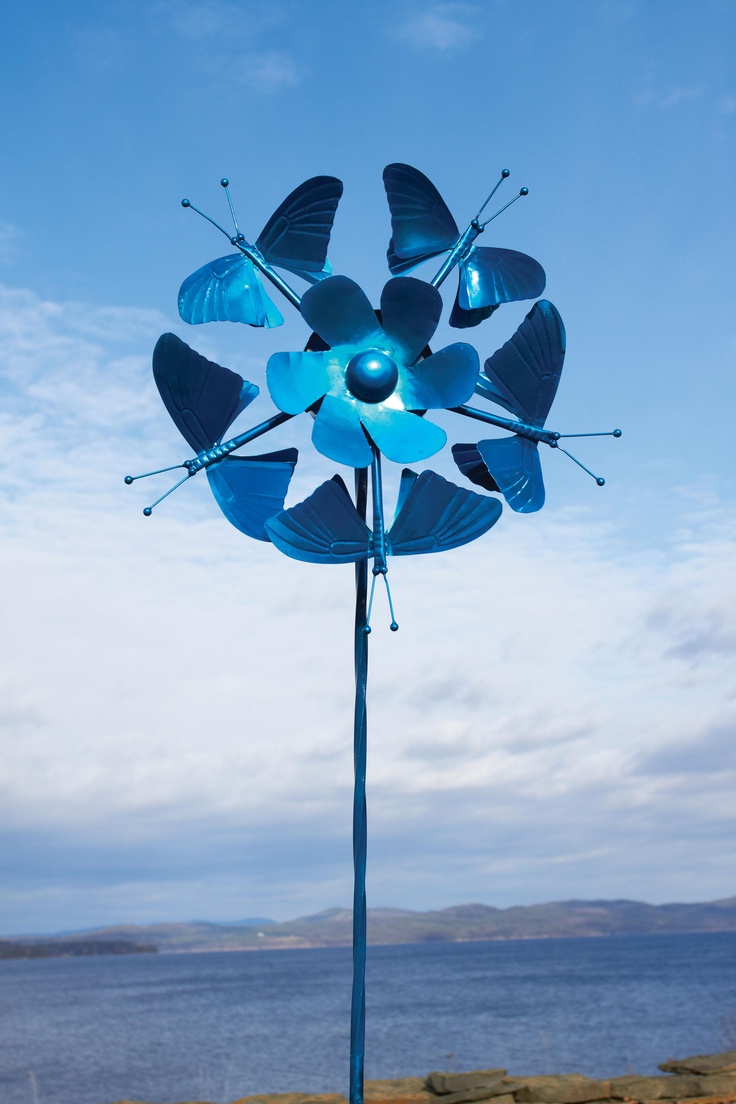 1000 images about whirligigs spinners on pinterest for Outdoor wind spinners