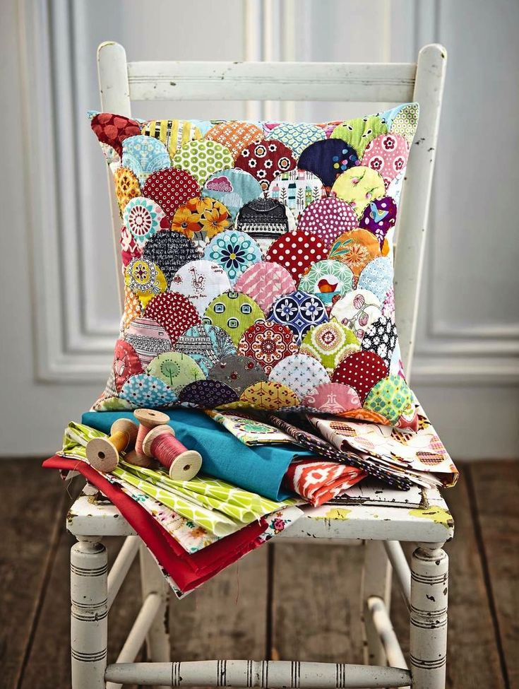 Clamshell patchwork cushion - perfect for scrap fabric - by Jo Avery @bearpawcraft  ! From issue 4 of Love Patchwork & Quilting. Photo © Love Patchwork & Quilting