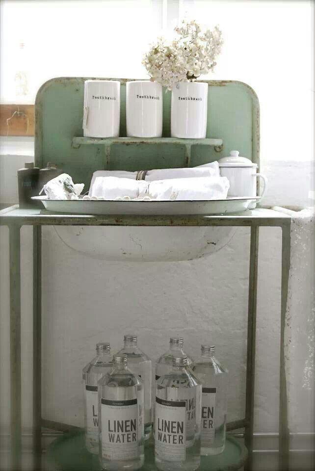 Wash stand. ..cute cute