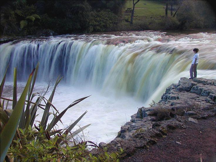 vertical aqueous discontinuity - Haruru Falls, Northland. New Zealand
