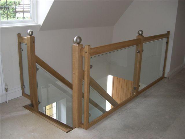 Stunning glass staircase balustrade design