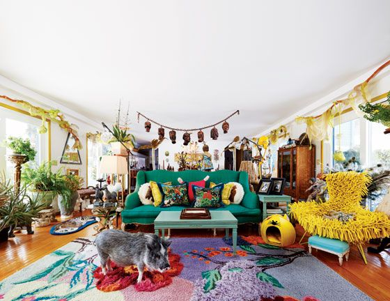 Artist Kathy Ruttenbergu0027s Living Room Part Of Her Compound In Upstate New  York, Itu0027s Very Animal Friendly: For Dogs, Cats, And Trixie The Pot Bellu2026 Part 41