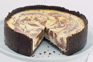 Chocolate swirled baked cheesecake. Made it, but doubled the base and the melted chocolate :D