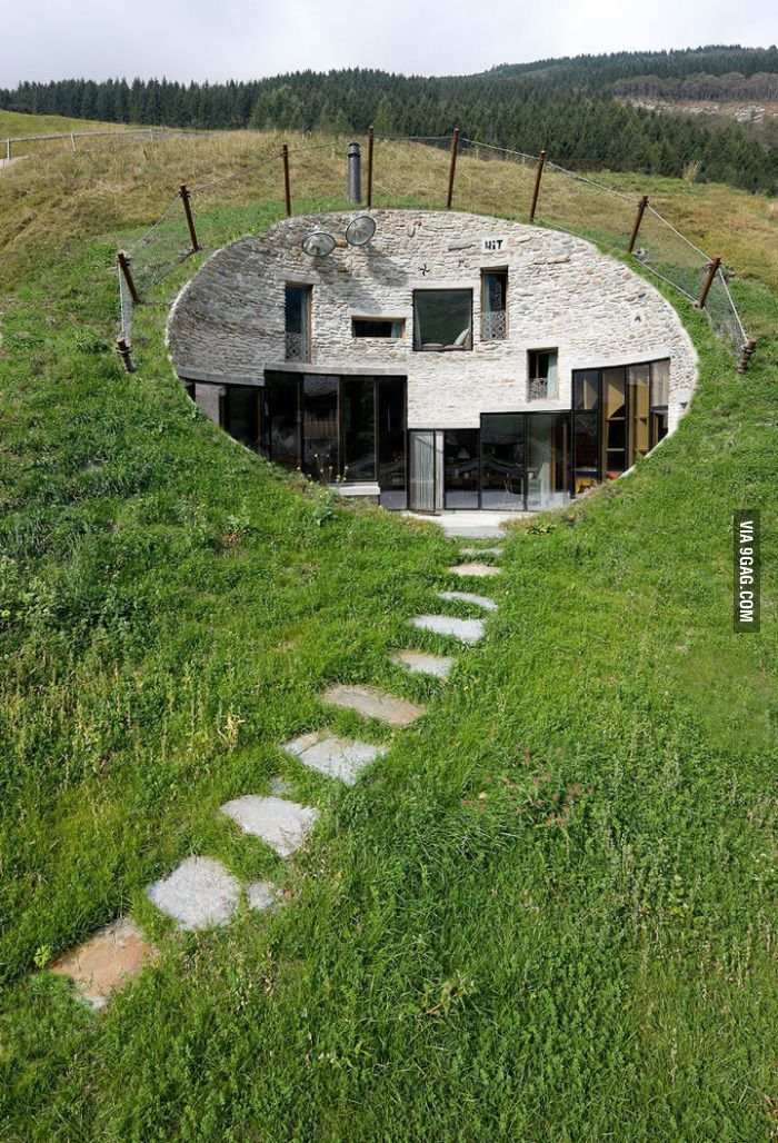 house in Switzerland. 元カレがこんなおうちを建てたいって模型を作ってくれたなぁ。実際地下のおうちがあるなんて行ってみたいな。