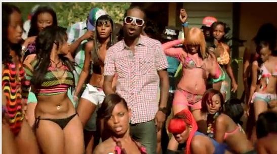 Rap video with girls, girlfriend is a virgin