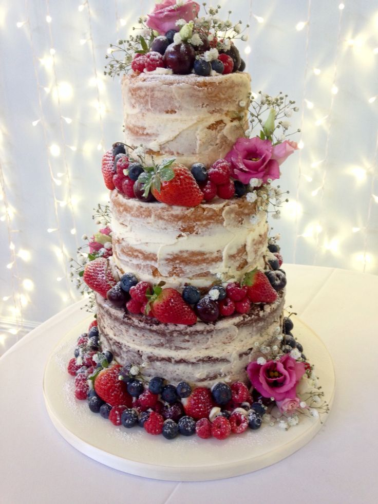 Wedding Cakes Tetbury