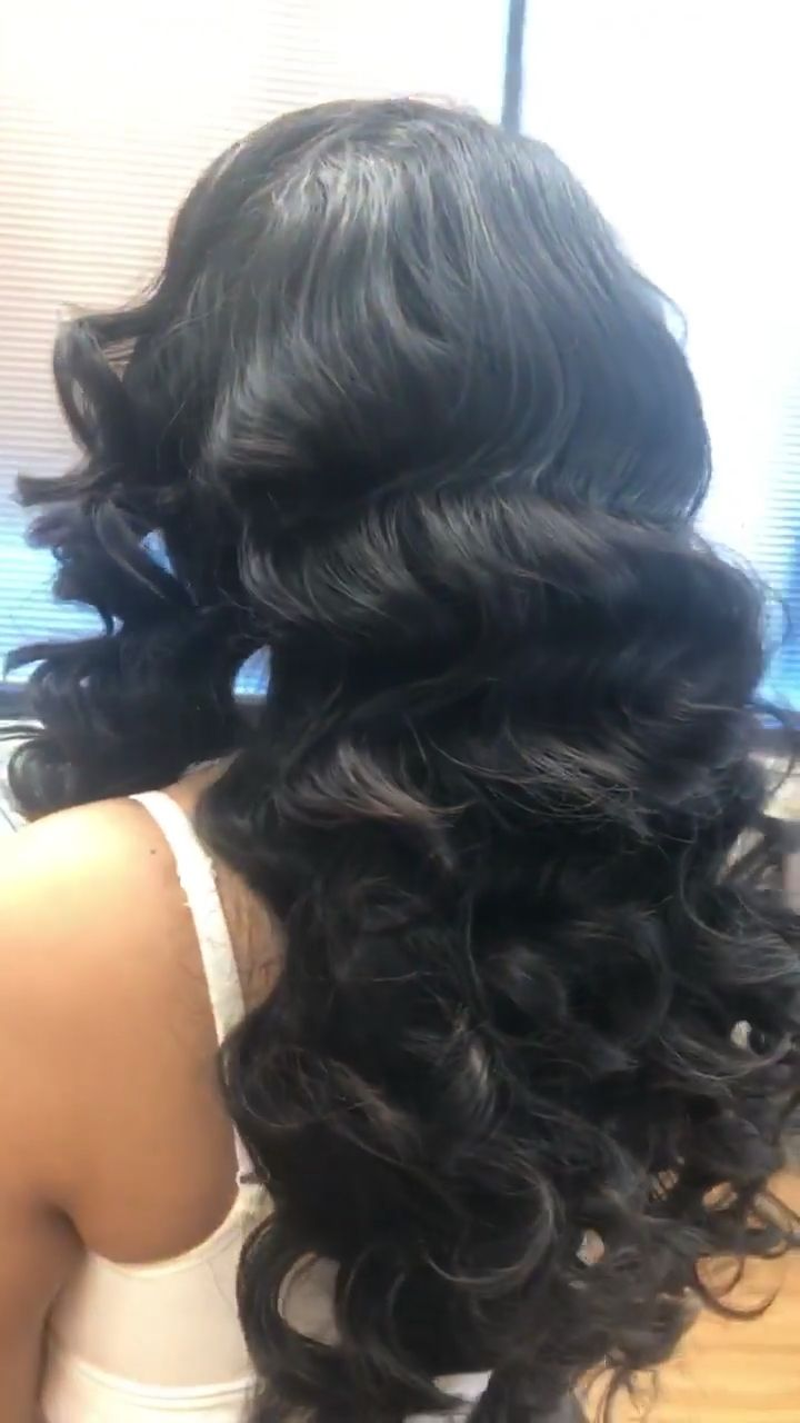 22inch Extensions required to ride this wave. Wear this style to slay the day! #desithediva #houstonhair #htxhairstylist #houstonbeauty #longhairstyles #trendinghair #bridalhair #babylisspro #hairvideos #blackhaircolor #bridalhair
