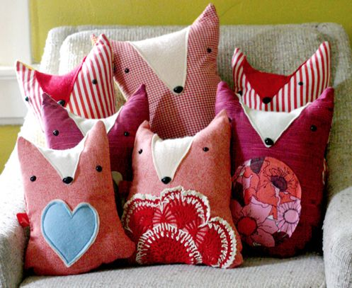 Make these adorable Fox pillows with tutorial and 45 BEST Charming Lifestyle DIY & Tutorials EVER.  From MrsPollyRogers.com