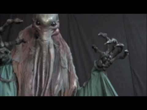 gore galore giant costume Haunted House Halloween professional Costume puppet Cthulhu by www.gore-galore.com