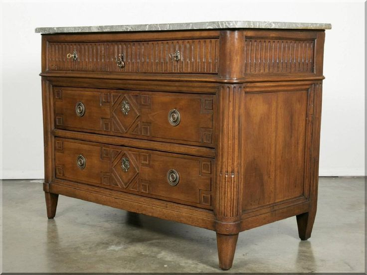 Antik szekrény, arts & crafts