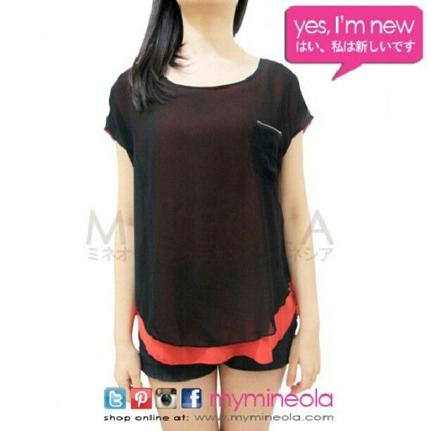 MINEOLA Two Tone Top with zippet accent black. Also available in orange and blue. Get it for only Rp.198.000,-