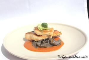 Salmonete, Tallarines de Tinta y Bisque de Marisco TGJ