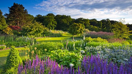 HarlowCarrSummer_LW  Behnkes would like to invite you to experience the most unprecedented gardens from across the globe with Collette Vacations and the Royal Horticultural Society (RHS). Together, Collette and RHS have put together this wonderful tour of The Beauty Of Britain. View the itinerary here  For more information call Bridget Peirson Peirson Travel Service 410-788-8300