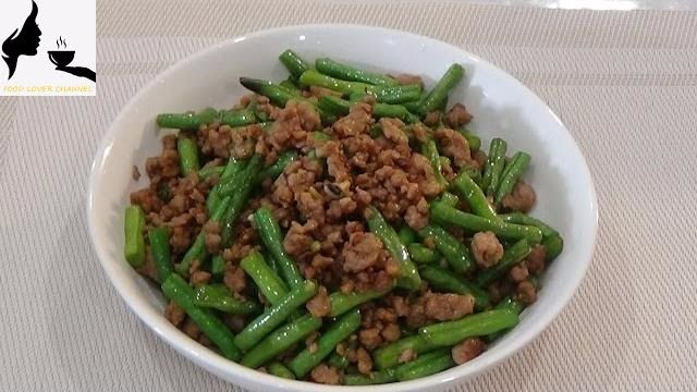 Sauteed Pork With Chinese Long Beans - YouTube