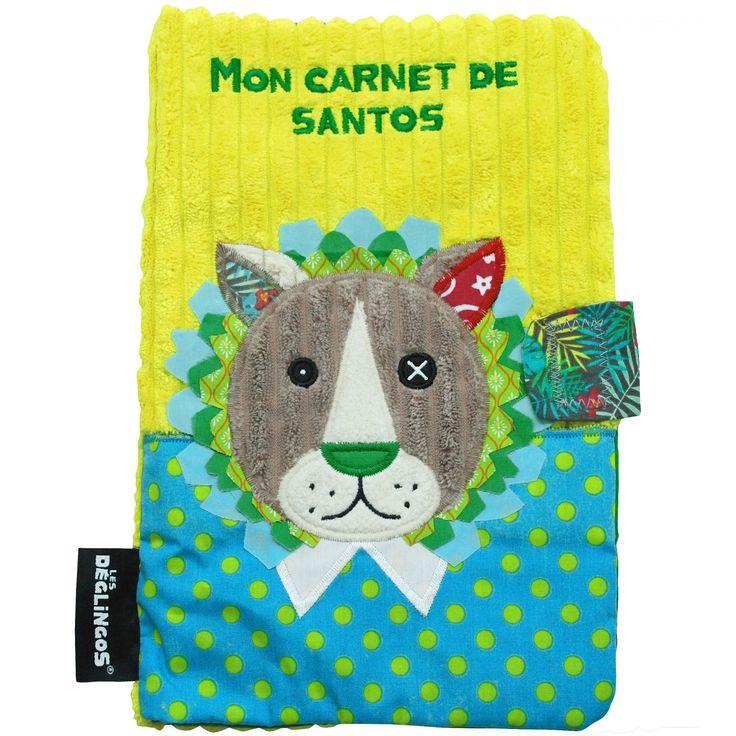 Un protège carnet de santé Jélékros le Lion de la marque Les Déglingos, aux couleurs vives, pour ne plus rien oublier concernant la santé de bébé.