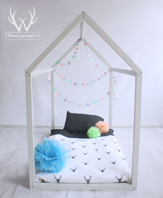 Very cute and cosy solution for kids room.