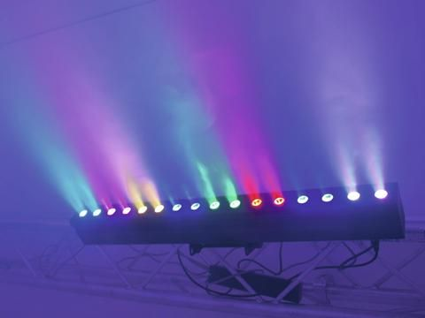Eurolite LED PIX-16 TCL Bar - Compact LED color changing bar with 3W tricolor LEDs  #eurolite #mobilelighting #entertainmentlighting #eventlighting #lighting #clublighting #led #halloweenlighting #weddinglighting #tricolor #dmx #strobe #rgb #stagelighting #loungelighting