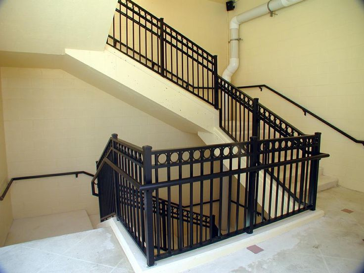 Natural Aluminum Stair Rails Ideas ~ Http://lovelybuilding.com/aluminum