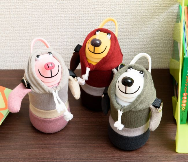 thermo mug(サーモマグ)アニマルボトル トリコロール(ボルドー/カーキ/ピンク/ステンレス製/フード/子供用/ウォーターボトル/ストラップ付き/水筒/動物/どうぶつ/ストロータイプ/ぬいぐるみ/マイボトル) 生活雑貨30's