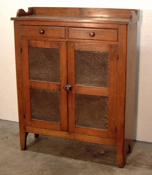 Beautiful antique pie safe - 739 Best Primitive/Vintage Pie Safes Images On Pinterest Country