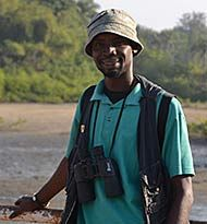 Wensite for birdwatching guide Mahmoud Bah in Gambia. He will show you the best places for birds in Gambia.