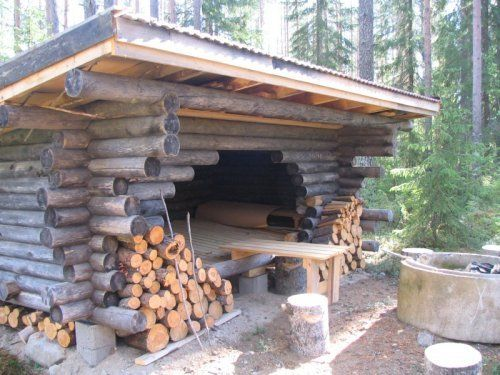 Laavu, a traditional Finnish shelter any passerby may use. Will build my own one day.