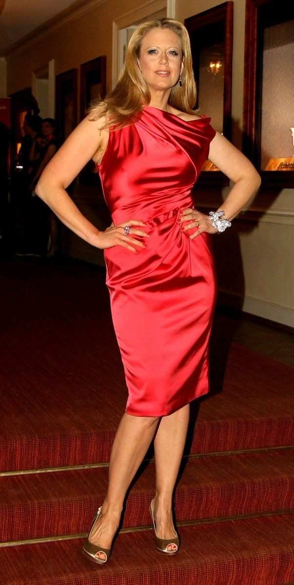 354a2a34 Embedded Satin Dresses, Silk Dress, Tight Dresses, Red Fashion, Fashion  Outfits,