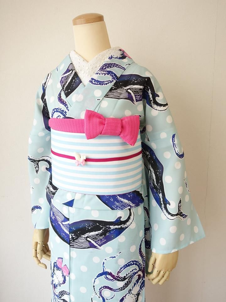 Did you ever want Octopus wearing head ribbons on your Kimono (Yukata?)  Well Mamechiyo has the one for you.