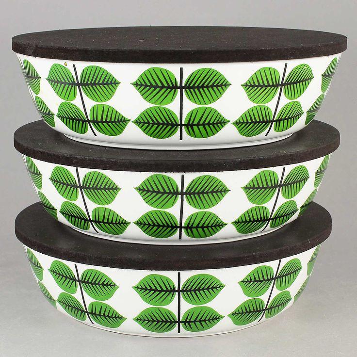 Stig Lindberg (Bersa 1961) Three Iconic Flat Bowls with Lid