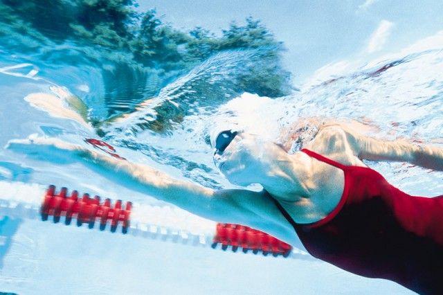 M Quema más grasa en la piscina: 4 trucos para aprovechar tus largos al máximo