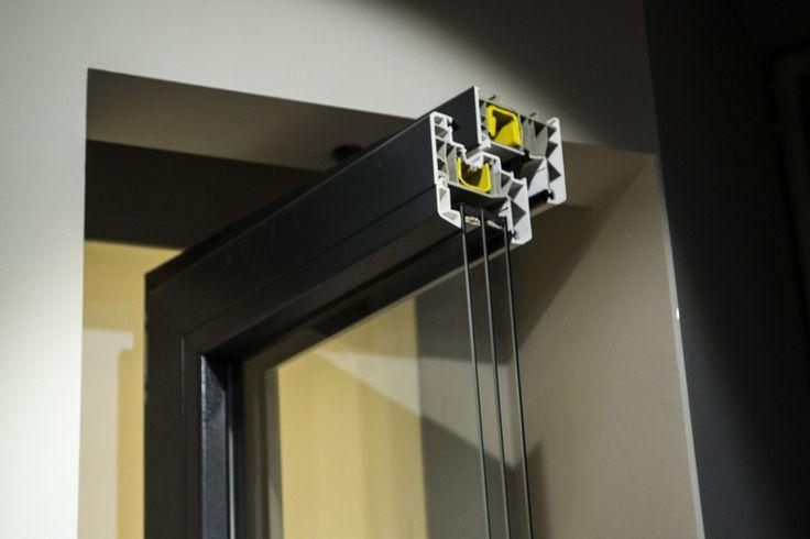 Мало кто знает, что металлопластиковые окна, это те же окна из ПВХ профиля, а называются так по причине наличия в их конструкции профиля ПВХ, оснащенным стальным армированием. Интересно, что металлопластиковые окна могут быть различной формы, так как сама система профилей универсальна и существует возможность его комбинирования.  Марки используемых комплектующих: 1) Профиль: четырехкамерный Win-Open. Cтеклопакет: стеклопакет с алюминиевой дистанцией (4-16-4) 2) Профиль: шестикамерный KBE 70…