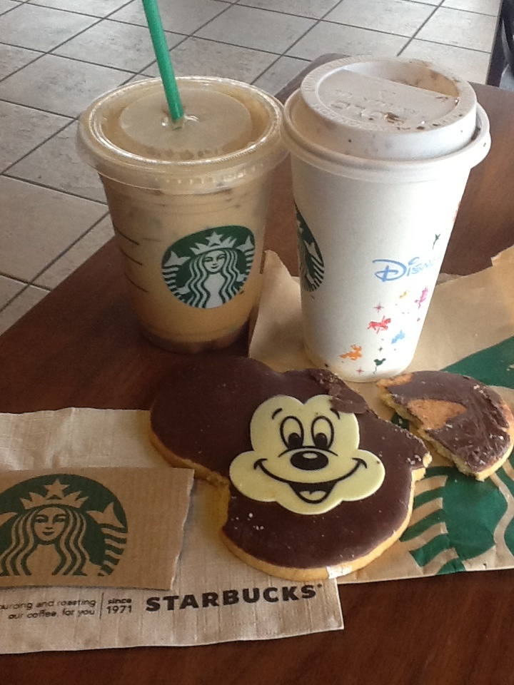 """THE """"NEW STARBUCKS COFFEE SHOP INSIDE DISNEYLAND"""" - FROM THE NEW """"STARBUCKS"""" LOCATION INSIDE """"DISNEYLAND'S CALIFORNIA ADVENTURE PARK"""" - FIRST TIME EVER STARBUCKS SHOP INSIDE A DISNEY PARK !!"""