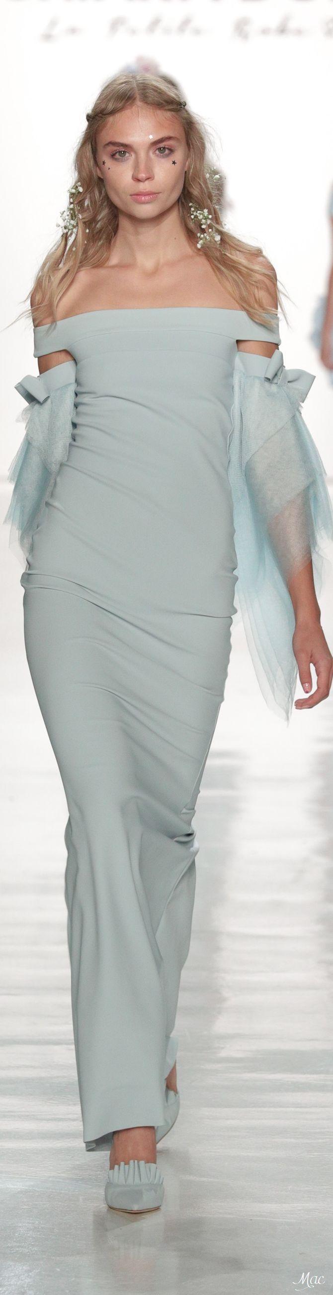 Spring 2018 RTW Chiara Boni La Petite Robe