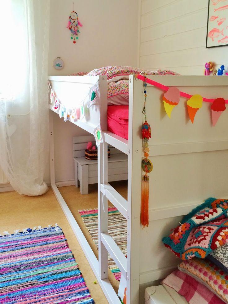 Trendy nursery image modern home decor for Trendy nursery ideas