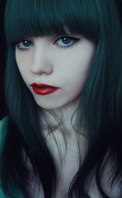 25+ unique Dark green hair ideas on Pinterest | Green hair ...