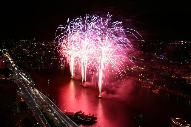 New Years Eve Fireworks - Brisbane, Queensland, Australia