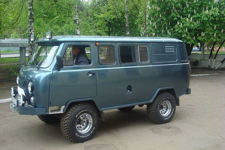 uaz 2206 kaufen google suche uaz 452 russian 4x4 van for off road camper base pinterest. Black Bedroom Furniture Sets. Home Design Ideas