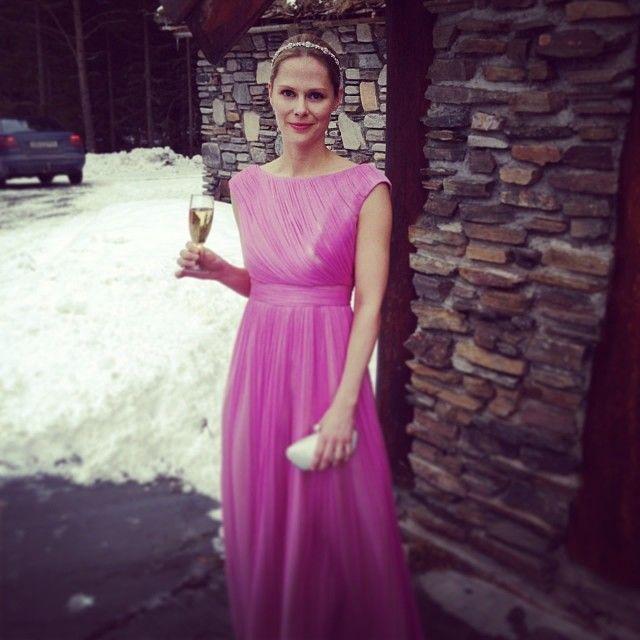 Gorgeous! She look stunning in Our evening gown AMY - Brudekjoler i Oslo Norway - Selskapskjoler i Silke
