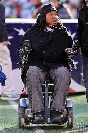 Tampa Bay Buccaneers Sign Former Rutgers DT Eric LeGrand to 90 Man Roster. This was amazing, what an awesome gesture by Coach Schiano!!