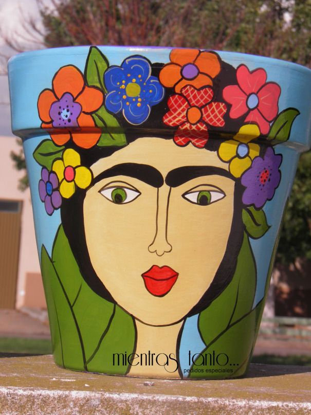 Frida Kahlo en las macetas [Reutilización] | youloveapple