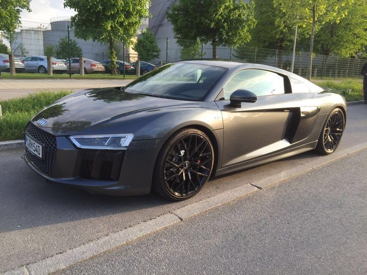 Audi R8 V10 Coupe | #rent #audi #sports #car #super #german #germany