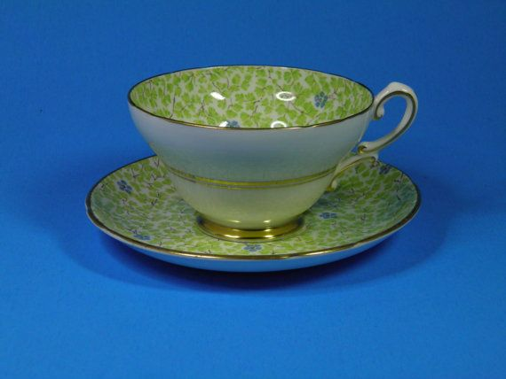 Stanley English Bone China Tea Cup and por MollysCollectibles