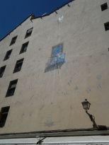 Vista | Reloj de sol de la Casa de la Vela | Final de la Calle del Sombrerete esquina con Calle de Embajadores | Barrio de Lavapiés - Madrid