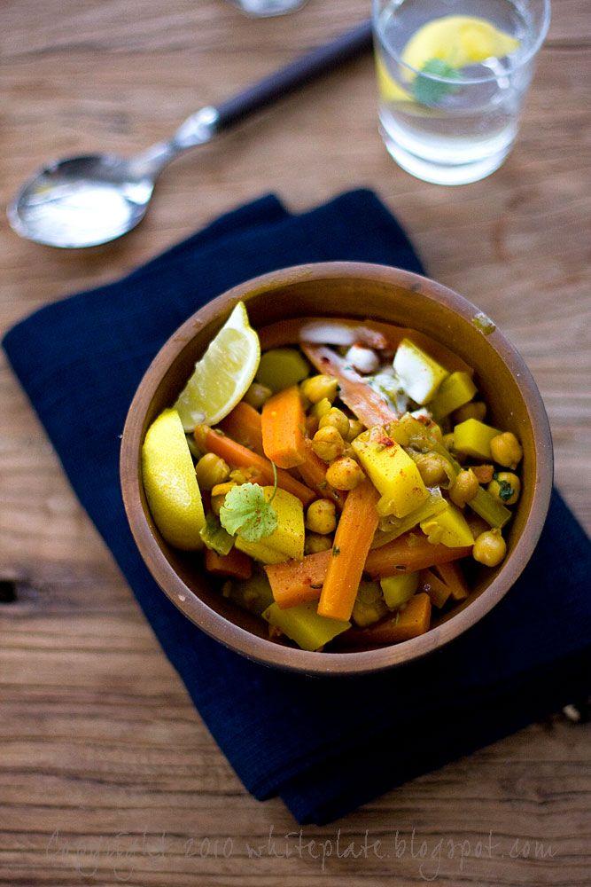 Warzywa po marokańsku - White Plate