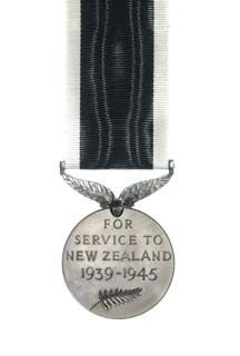 The New Zealand War Service Medal reverse view