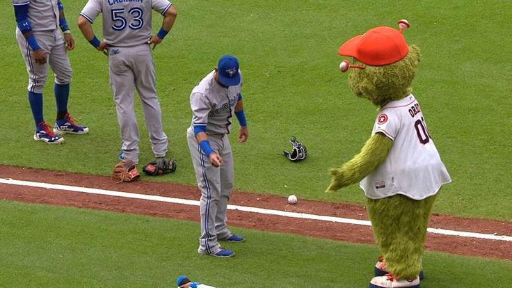 Jose Bautista vs. Astros' mascot Orbit