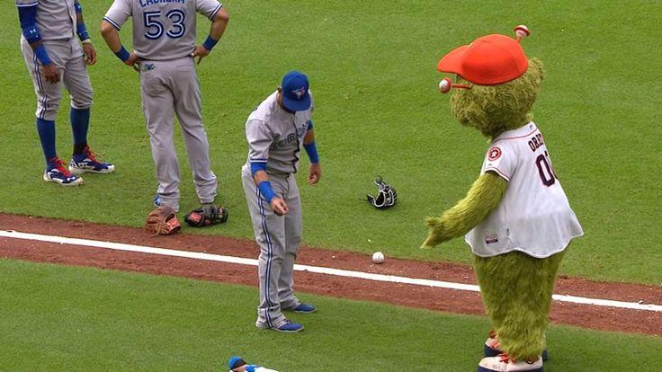 Jose Bautista vs. Houston Astros' mascot Orbit. LOL. Toronto Blue Jays. MLB. Baseball.